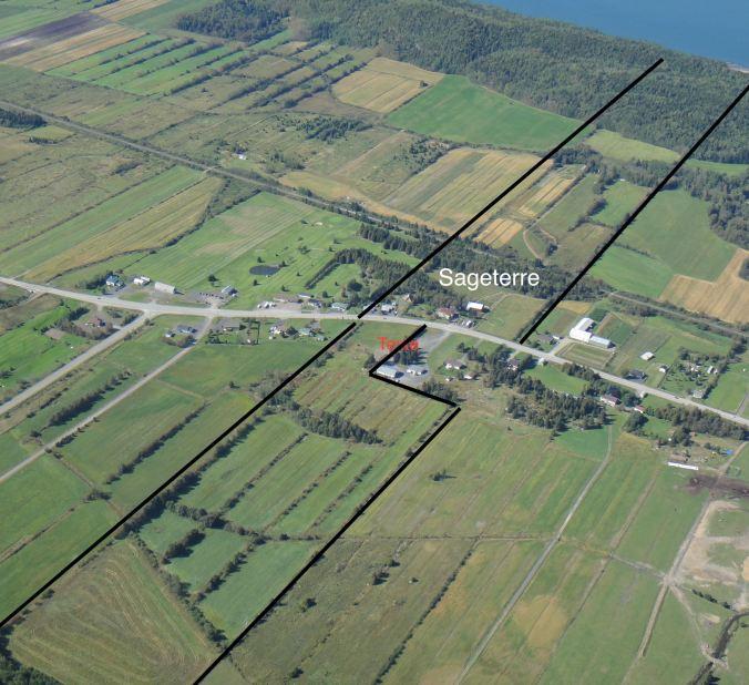 Photo aérienne de la ferme (basse résolution)